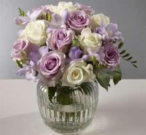 Продовжимо життя букету з садових квітів розчином з содою