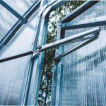 Автоматичні відкривачі для теплиць: знахідка для кожного садівника