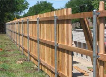 Як зробити дерев'яний паркан на дачі своїми руками?