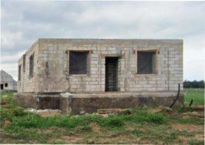 Незавершений будинок при покупці фото
