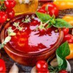Як зробити домашній кетчуп з помідорів: простий та смачний рецепт приготування на зиму