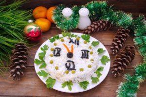 Грибний салат на Новий рік 2021 «Лакомка»