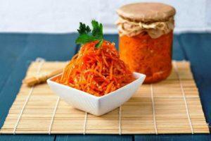 Морква по корейськи на зиму - фото